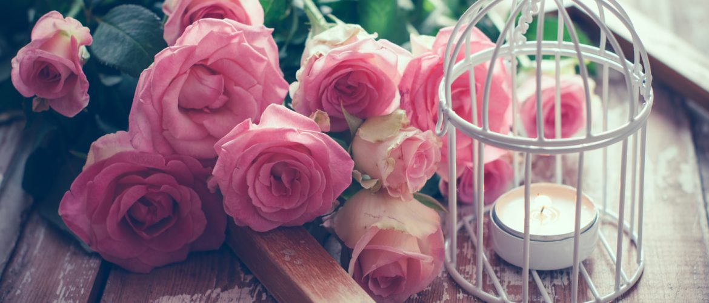 Boeket roze rozen - muziek ceremonie bruiloft